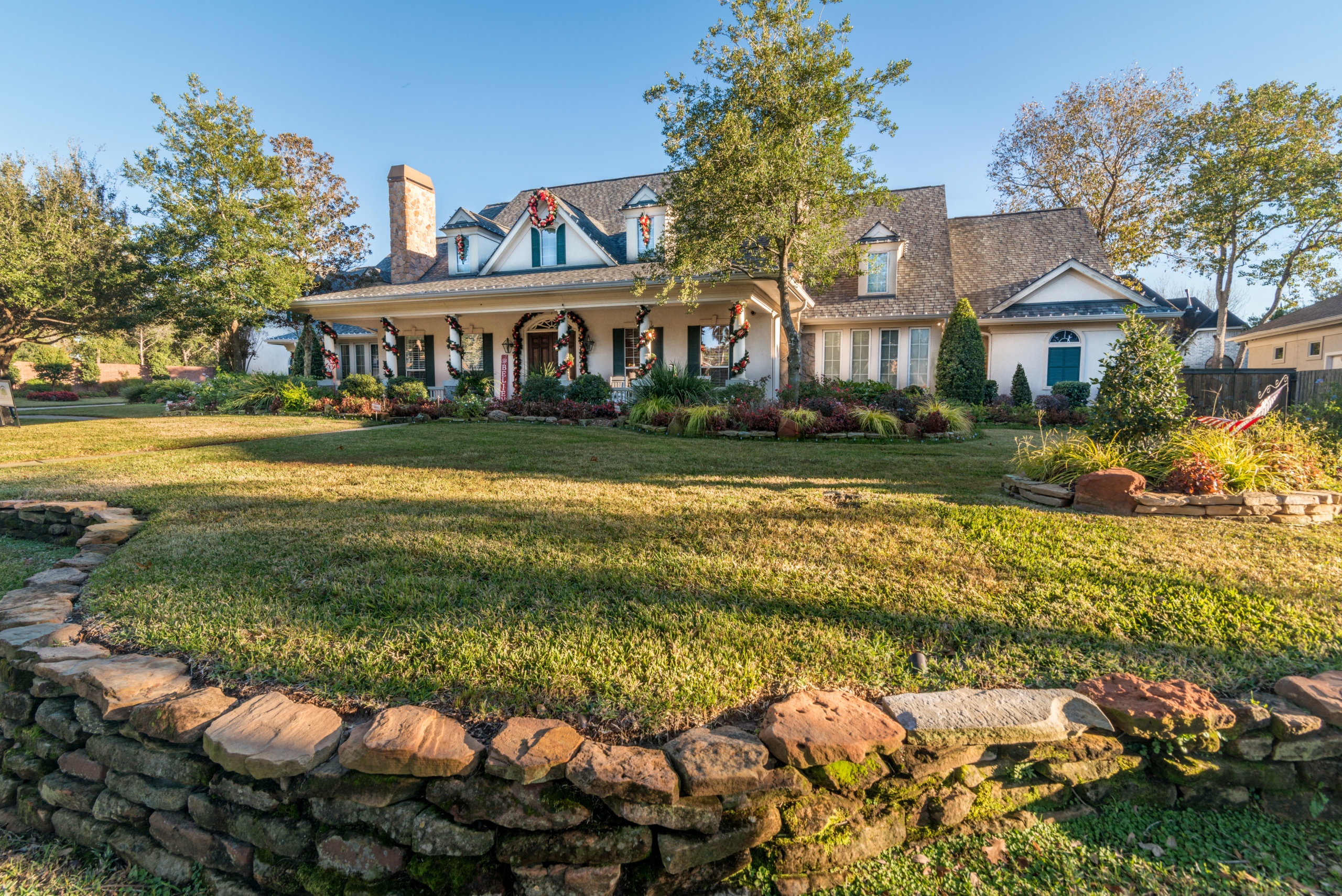 Yard of the Month December - Bay Oaks - Dan McCarver